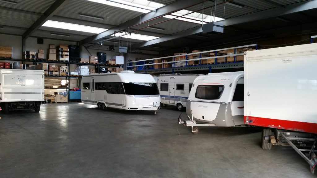 een van de werkplaatshallen VMT Mover Systems