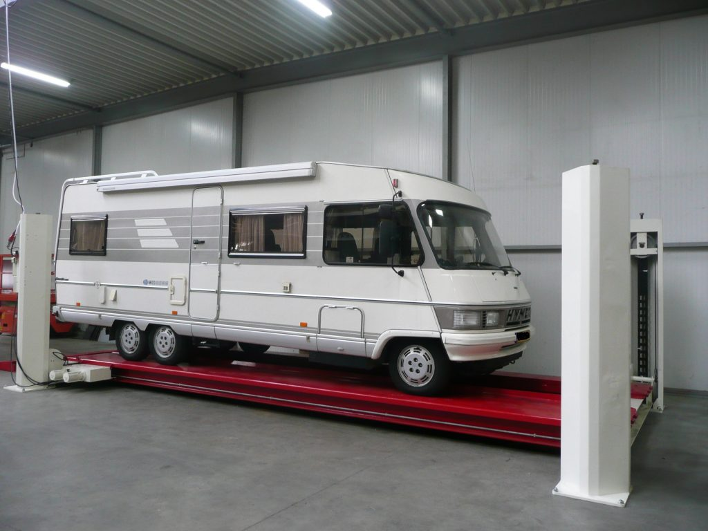 Camperwerkplaats VMT Mover Systems