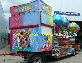 10 tons kermiswagen rangeren met een mover van VMT Mover Systems