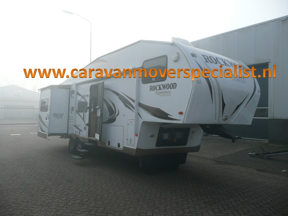 Rockwood Ultra Light met mover